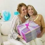 Что подарить женщине на пятидесятилетний юбилей?