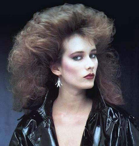 Прически 90 годов фото женские на длинные волосы
