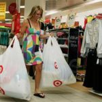Как правильно покупать на распродажах?